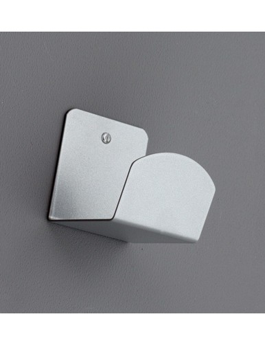 Percha de pared metalica