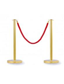 Dos postes separadores dorados con cabezal plano y una cuerda